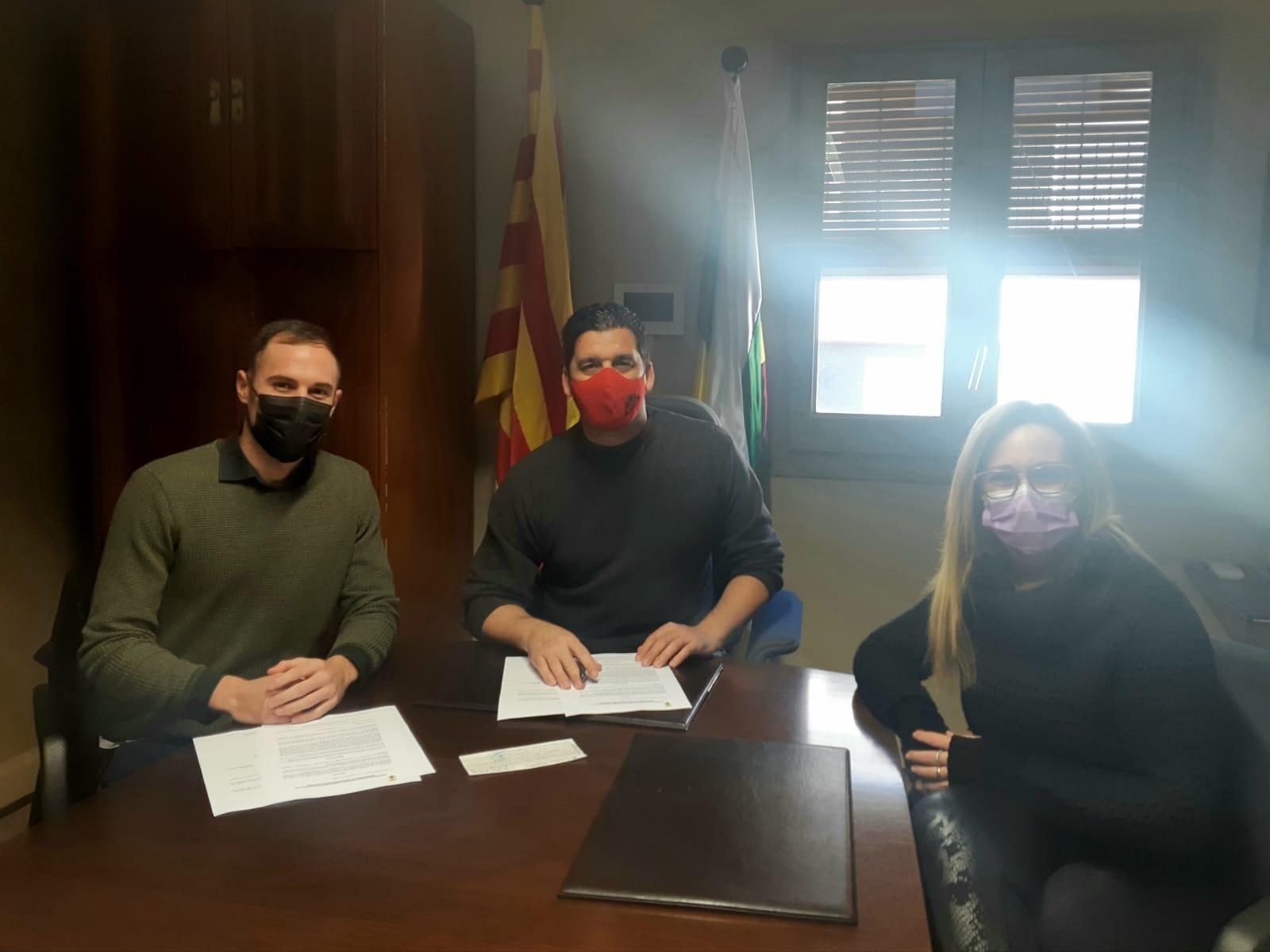 L'Ajuntament de la Pobla de Montornès renova el patrocini al pilot Gerard Bailo