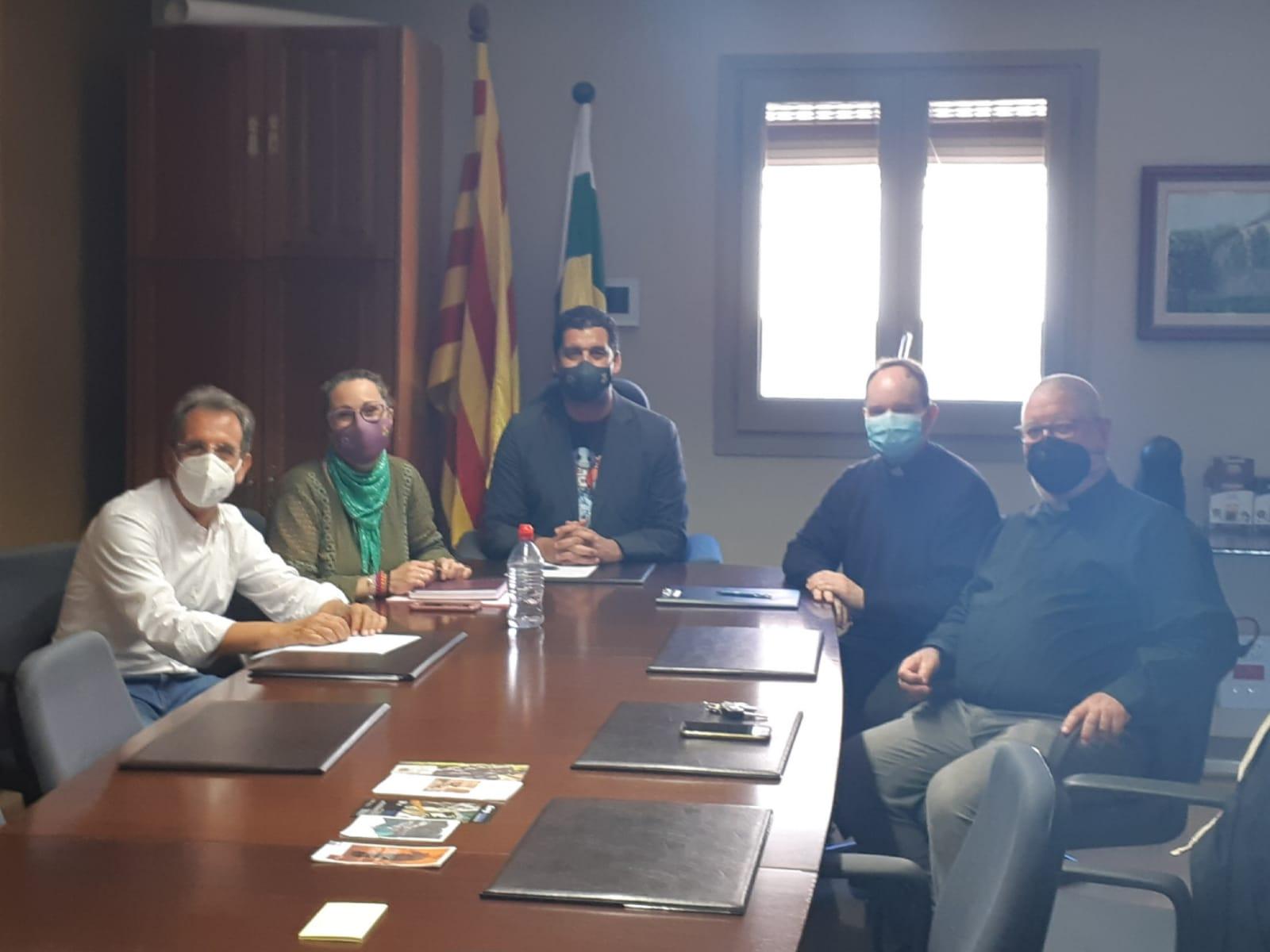 Reunió de l'Ajuntament amb Càritas Torredembarra